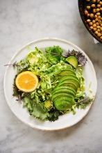 Sarah Copeland of Edible Living shared a California Avocado Caesar Salad with Crispy Chickpeas. Shared in both the salad and dressing, California avocados provide a fresh, creamy texture to this dish.