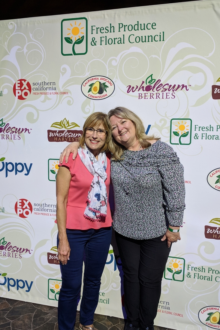 CAC Retail Marketing Director Connie Stukenberg joins Elaine Magee, Albertsons Corporate Dietitian, at the FPFC Expo.
