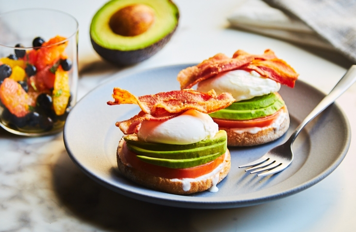 The Easy California Eggs Benedict meal kit will encourage fans to explore new ways of enjoying California avocados.